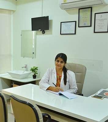 Dr Suhani Nayak